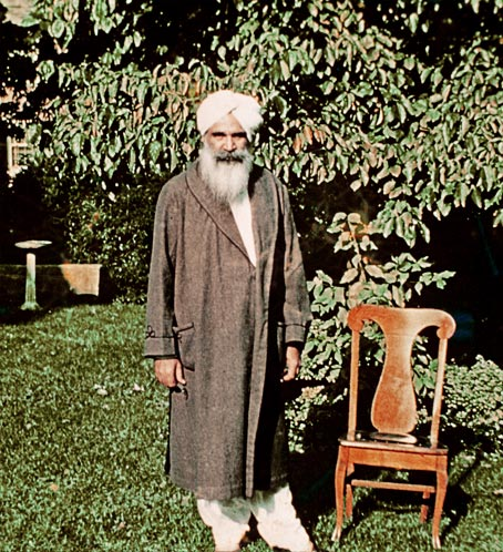 Sant Kirpal Singh during His First Word Tour, Chicago 1955